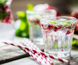 pomegranate-spritzer-long