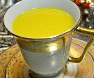 turmeric-milk-tea-long
