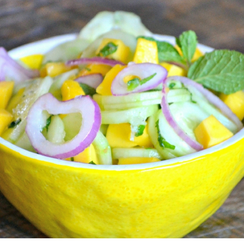 how to make mange cucumber salad with mint and sweet onions