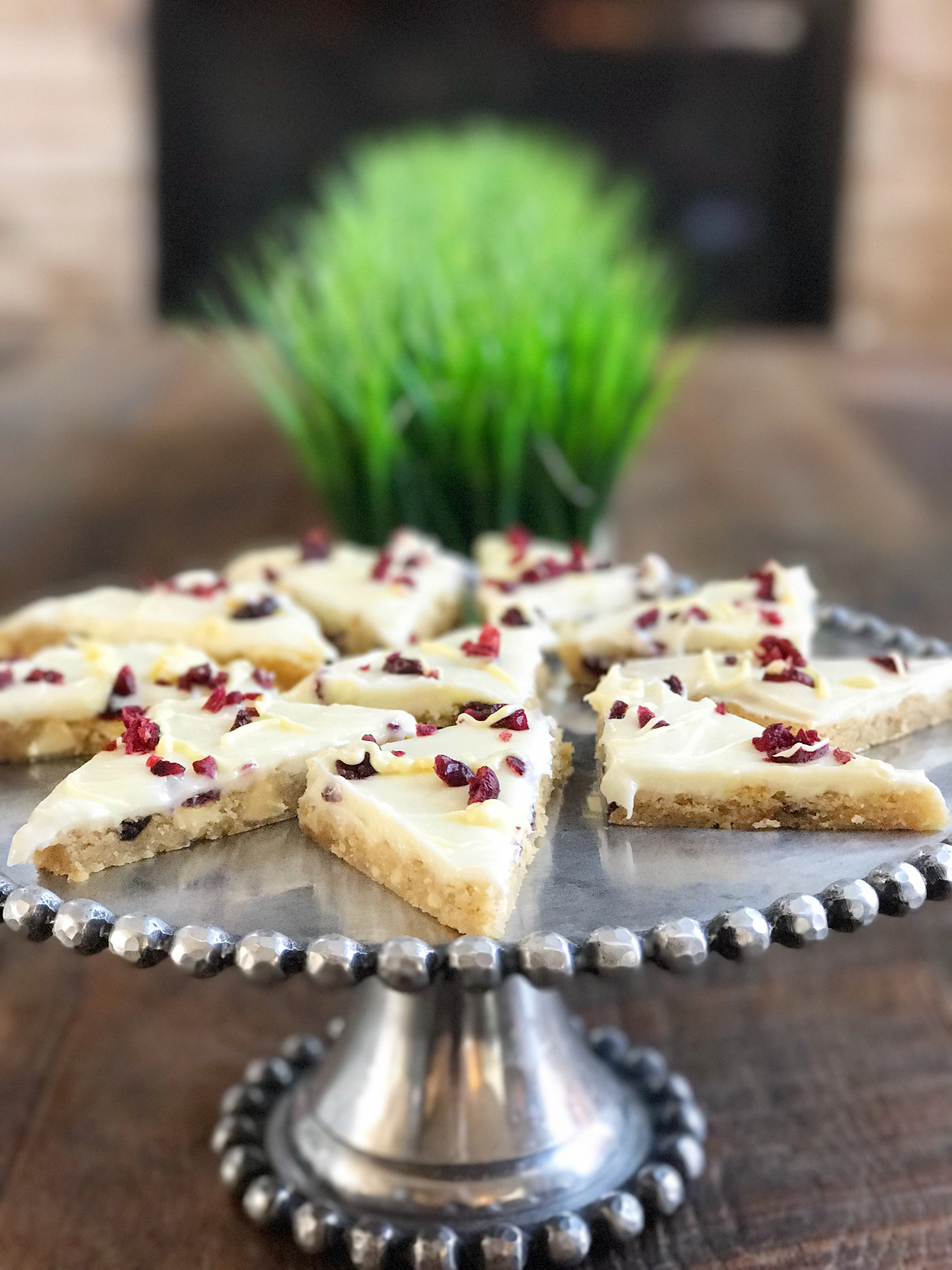 how to make your own Starbucks copycat cranberry bliss bars in this healthy dessert recipe