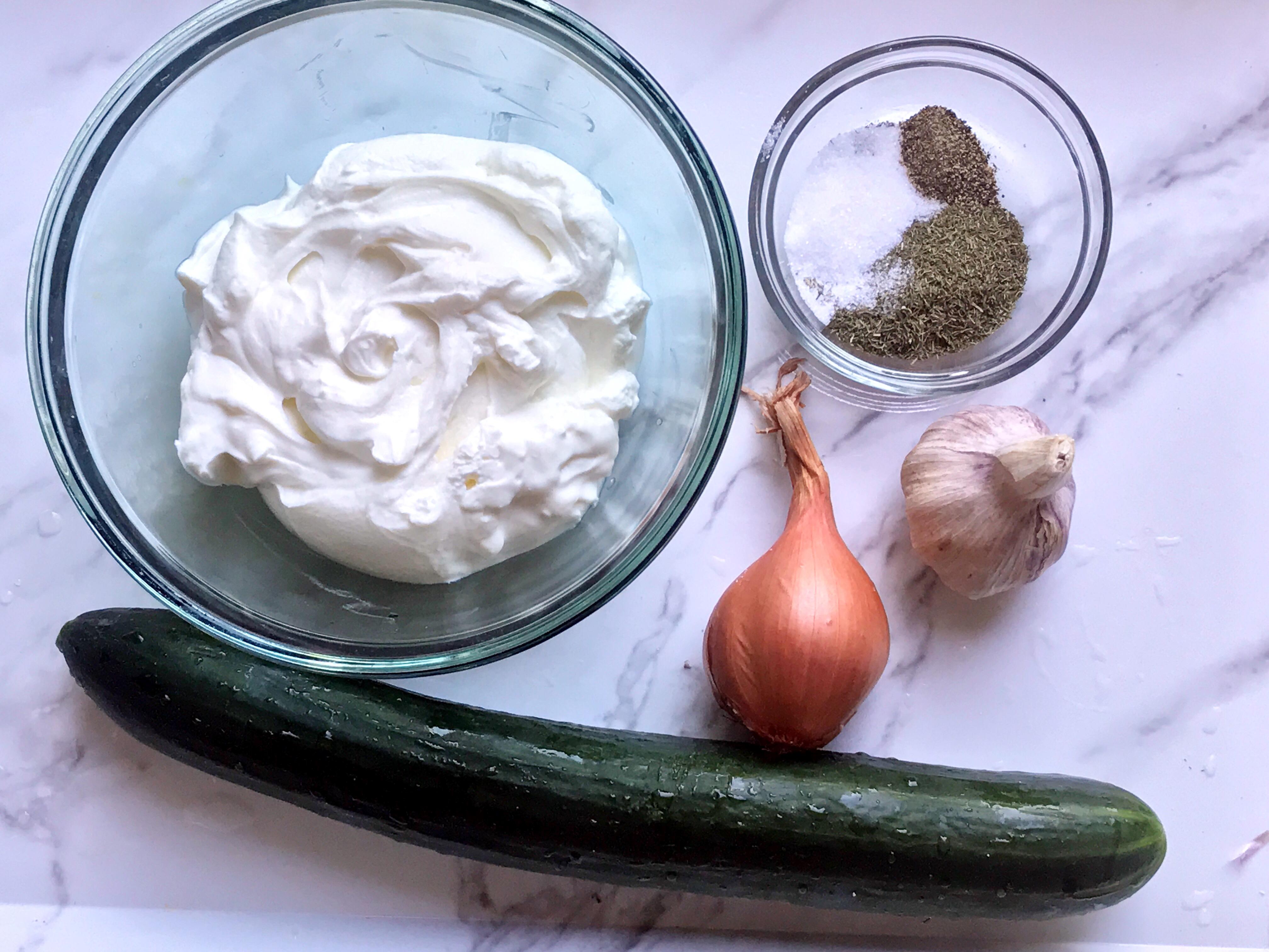 ingredients for mast o khiar